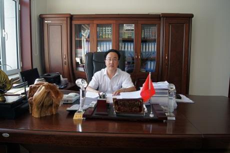 华西集团 潘经理
